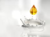 Una goccia dorata nel latte - 24098790