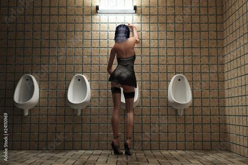 Fotografía  tipsy travesty in toilet