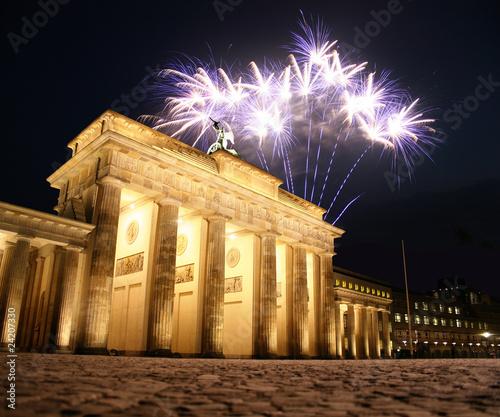 Papiers peints Berlin Feuerwerk am Brandenburger Tor