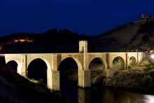 Roman Bridge, Alcantara, Caceres Province, Extremadura, Spain