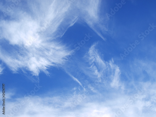 Light blue windswept sky texture background Lerretsbilde