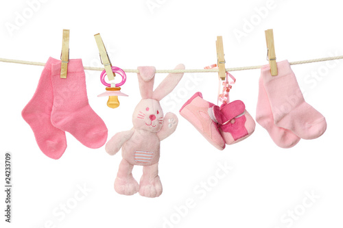 Fotografía  Pink baby goods hanging on the clothesline