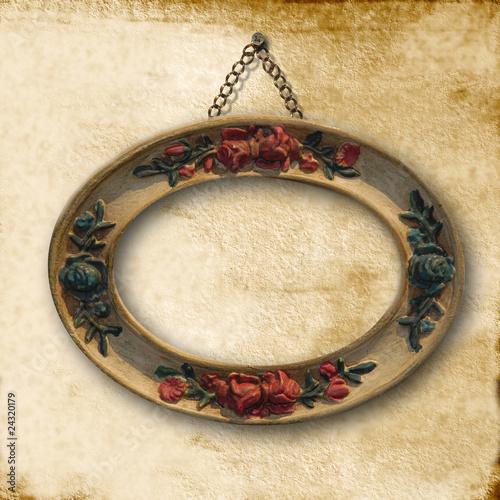 marco ovalado antiguo colgado pared vieja - Buy this stock ...