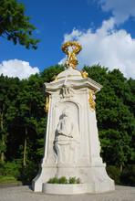 Beethoven-Haydn-Mozart-Denkmal