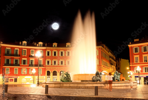 Staande foto Volle maan The Plaza Massena Square at night in Nice