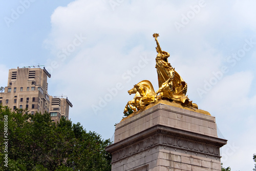 Photo  Central Park Entrance