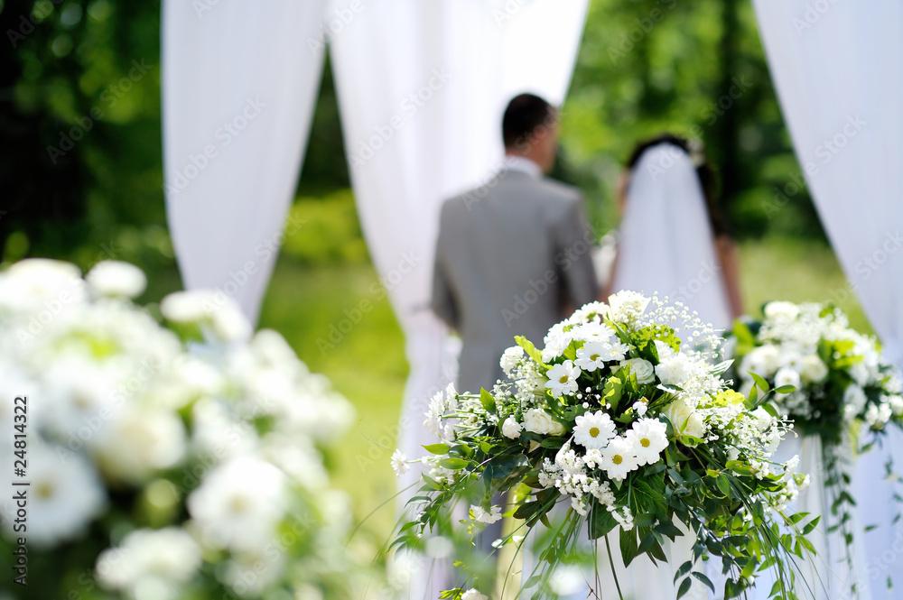 Hochzeitsdekorationen Der Weissen Blumen Foto Poster Wandbilder Bei