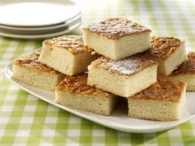 """Sheet Cake Called Bienenstich (""""bee Sting"""")"""