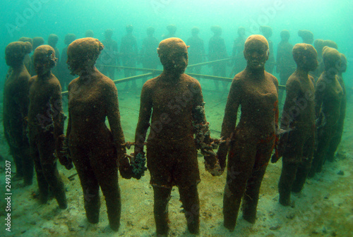 Foto  sculpture park children, Grenada