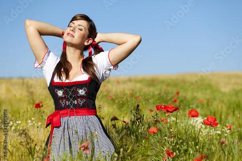 Valokuva  Frau Erholung Natur Mohnfeld
