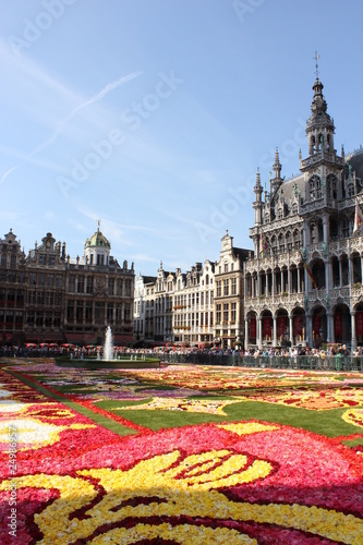 Foto op Canvas Brussel Flower carpet on the Grand Place in Brussels (August 2010)