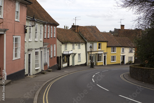 Photo  multicolored cottages, Saffron Walden, Essex, UK