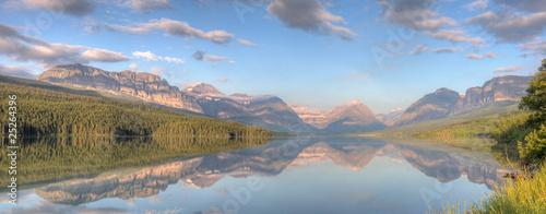 Valokuva  Lake Sherburne Reflection Panorama