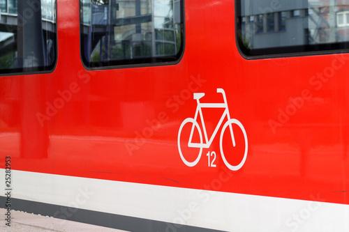 Tuinposter Spoorlijn Fahrrad-Zug VI