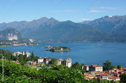 Photo Stands Caribbean lac majeur en italie