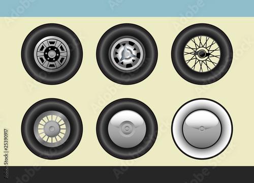 Fotografie, Obraz  Retro car wheels