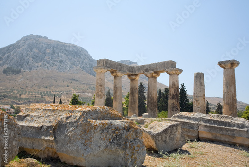 Valokuva  Temple of Apollo at Corinth, with Acrocorinth background