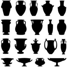 19 Verschiedenen Amphoren Und Vasen