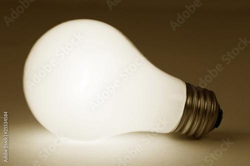 Fototapety, obrazy: Bright Light Bulb