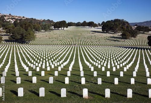 Foto op Canvas Begraafplaats Golden Gate National Cemetery, San Bruno, CA.