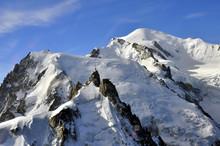 Aiguille Du Midi Et Mont-Blanc