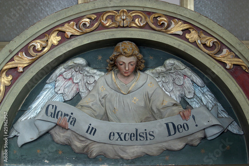 Photo Heavenly Angel declaring Gloria in excelsis Deo!