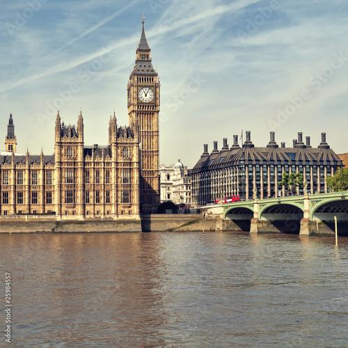 Foto op Canvas Londen rode bus Houses of Parliament, London.