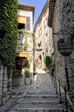 Fototapeta Na drzwi - Narrow lane in St Paul De Vence