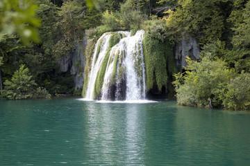 Fototapeta na wymiar Plitvicer Wasserfälle
