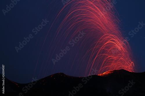 Staande foto Vulkaan volcano eruption