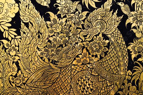 piekna-scena-malujaca-w-swiatyni-przy-uroczystym-palac-tajlandia