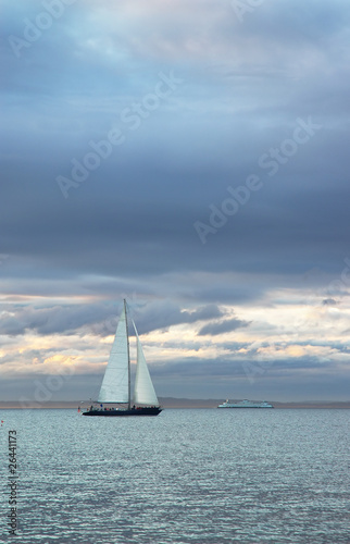 Photo  Sunset sail