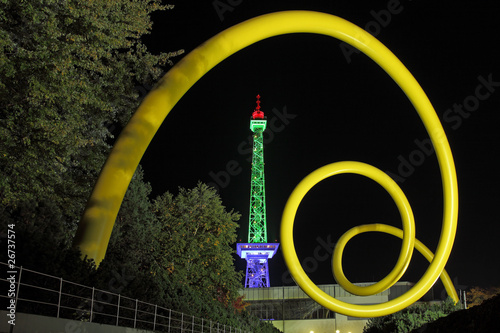 Zdjęcie XXL Wieża radiowa Berlin oświetlone w nocy