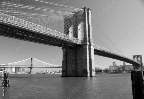 Fototapeta Brooklyn Bridge in Blach & White, New York, USA obraz