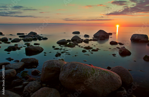 zmierzchu-widok-nad-morzem-baltyckim