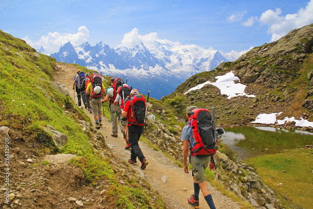 Fototapety, obrazy: Randonneurs en altitude