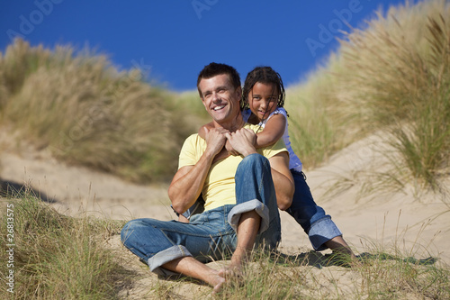 Fotografie, Obraz  Man & Girl, Happy Father and Daughter Playing At Beach