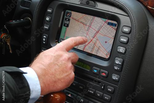 Cuadros en Lienzo  Fahren mit dem Navigationssystem