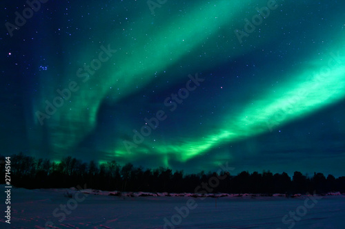 Photo  Background showing Northern lights in the sky