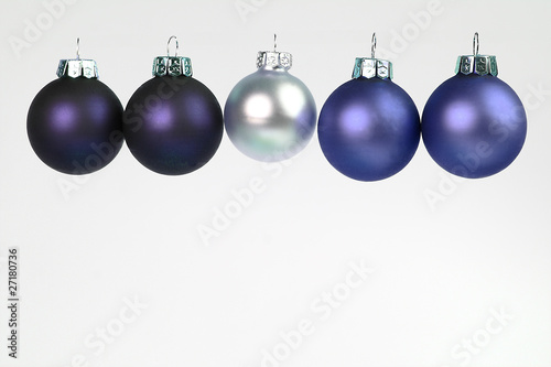 Christbaumkugeln Blau Silber.Christbaumkugeln Blau Und Silber Buy This Stock Photo And Explore