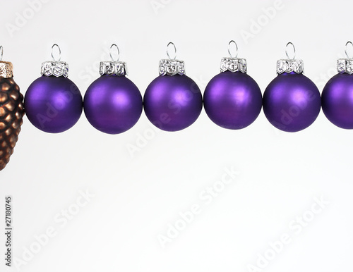 Christbaumkugeln Lila.Lila Christbaumkugeln Buy This Stock Photo And Explore Similar