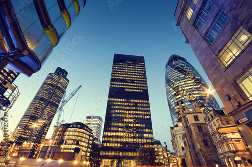 Tuinposter Londen Skyscrapers in City of London,