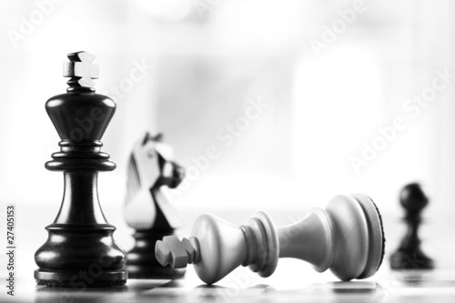 Naklejka na meble checkmate black defeats white king