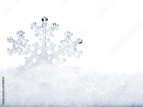 Foto-Plissee - Snowflake in snow. (von Gennadiy Poznyakov)