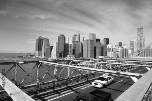 brooklyn-bridge-taxi-nowy-jork