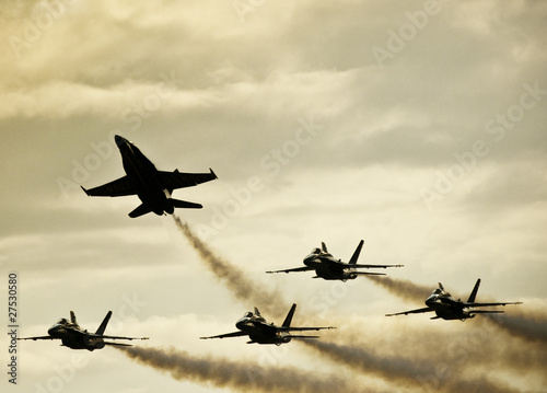 Fototapeta  Silhouetted Airplanes on Dramatic Sky