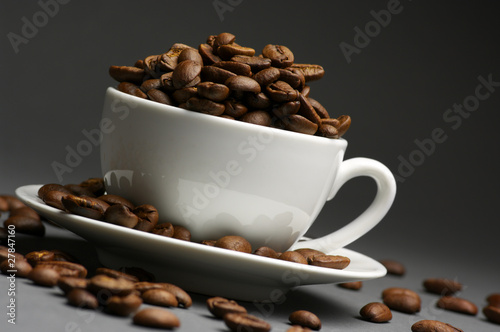 Wall Murals Cafe Coffee beans in cup