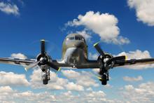 C-47 Vinteg Plane Landing