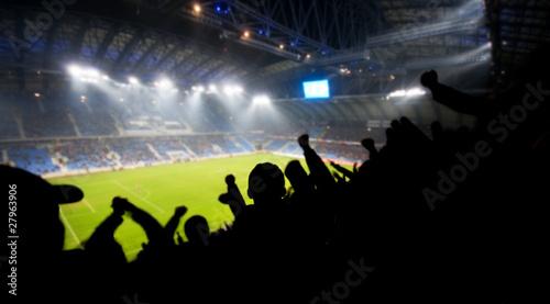 Obrazy sport  fani-swietujacy-gola