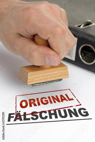 Fotografering  Fälschung Original